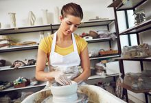Shot of a young woman making a ceramic pot in a workshophttp://195.154.178.81/DATA/i_collage/pu/shoots/806254.jpg